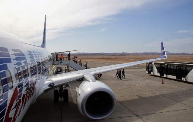 aircraft-1238691_1280